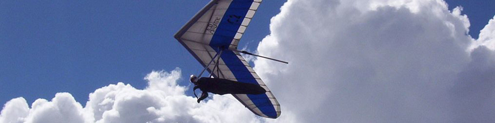 Paragliding and Hang Gliding in Jasper