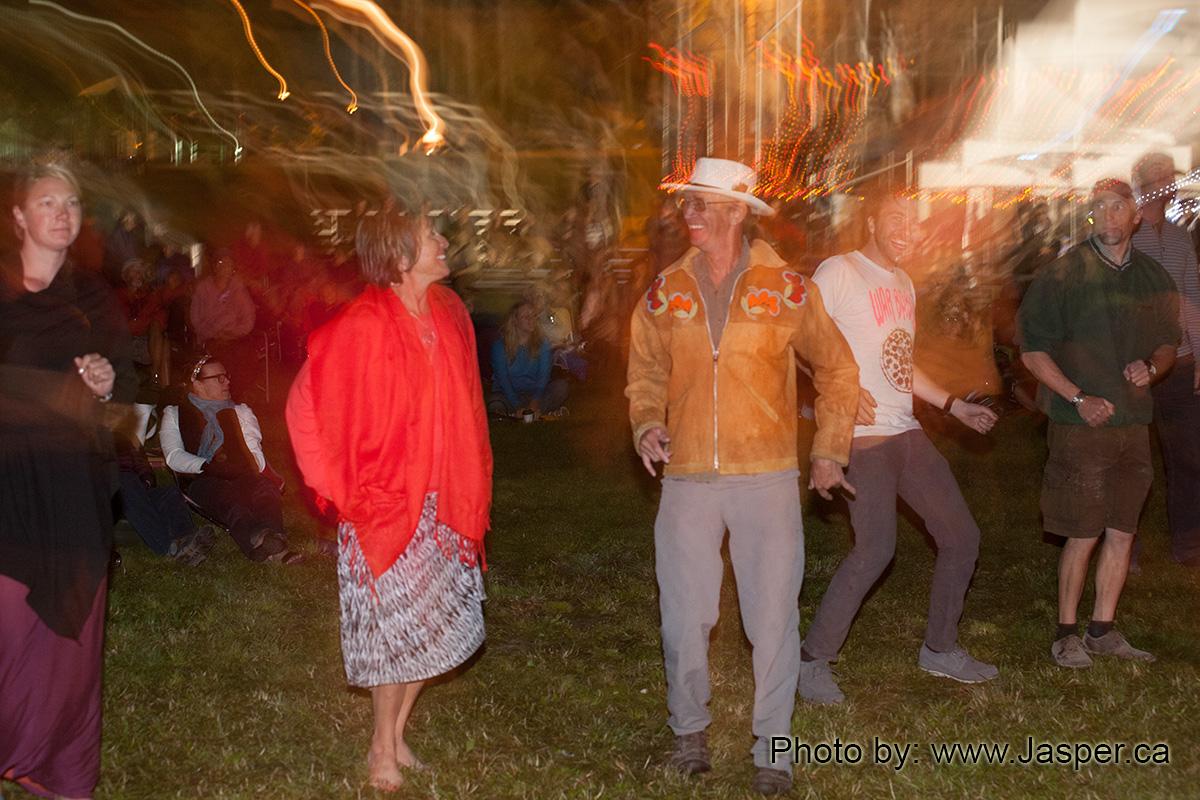 Folk Festival Saturday Night